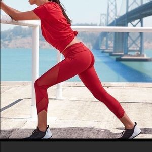 Athleta Auro Sonor Red Capri Workout S Tall